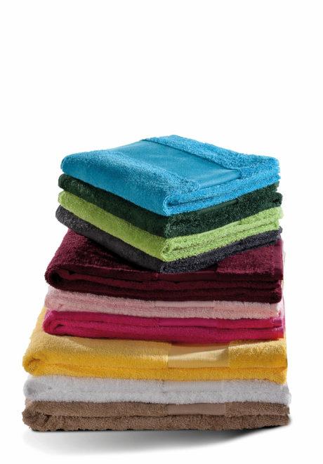 Gamme de couleurs serviette plage