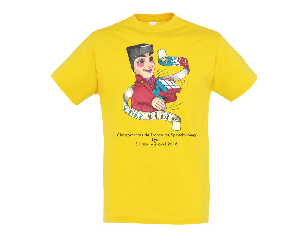 Maquette logo face sur tee shirt jaune